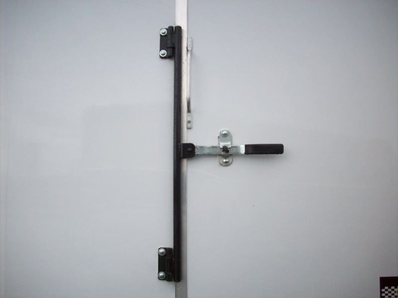 Door Latch: Horse Trailer Door Latch