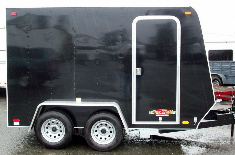 Hqdefault together with Efb Ccf B C D Ca F D Trailers Equipment further F Ff F Ede Ab Dab C Motorcycle Trailer Trailers furthermore Hqdefault furthermore X V Nose Enclosed Cargo Trailer Wr  Pick Up In Ma Or Nh Lgw. on enclosed cargo utility trailer